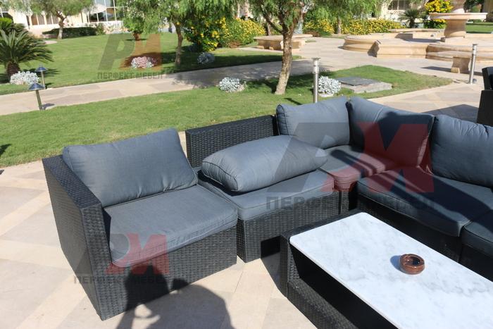 Евтини дивани от ратан за заведения