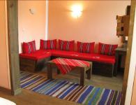 Изработка на ъглови дивани в старинен стил