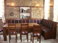 Изработка на ъглов диван в старинен стил