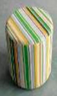 Табуретка с пластмасови крака