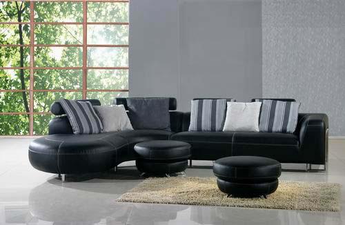 Ъглов кожен диван с две табуретки